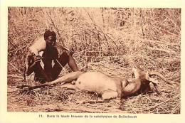 afrique - africa -tchad -ref A43-la chasse -chasseur -brousse de la subdivision de baibokoum   - carte bon etat  -