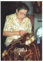 BRODEUSE DE BOLEROS D'ECARTEURS LANDAS: Mme LAFITTE  Mouscardes (Landes) - Artisanat