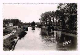 PARGNY-SUR-SAULX ( Marne )  Le Port Sur Le Canal De La Marne Au Rhin - France