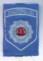 Parche Policía De Protección. República Democrática Alemana. Comunista. 1948-1990. - Escudos En Tela