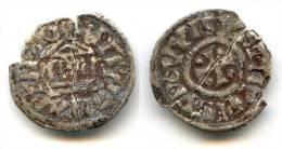 Denier D'argent Cassé En 2 De Louis Le Pieux 814-843 - 476-1789 Monnaies Seigneuriales