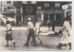 CPM GF  - Thème -  Croix Rouge - Carte De La Série éditée Par La Croix Rouge Seine St Denis - Rotes Kreuz