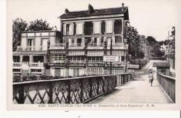SAONT CLOUD VAL D'OR 4520 PASSERELLE ET RUE DUPERRIER (HOTEL CAFE RESRAURANT MAISON SALAGNAC) - Saint Cloud
