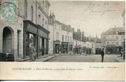 37 - CPA    Sainte-Maure --Place Du Marché, Arrivée Rue Du Docteur Patry - France