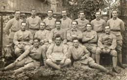 Carte Photo D´un Groupe De Soldats - Régiments