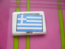 FEVE Serie Drapeaux D´ Europe La Croissanterine : GRECE - Charms