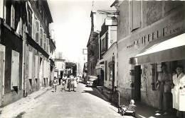Charente Maritime -ile D Oleron -ref E958-saint Trojan Les Bains -st Trojan -rue De La Republique -magasin Coiffeur  - - Ile D'Oléron