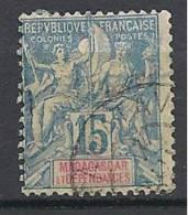 MADAGASCAR TYPE GROUPE  N� 33 OBL TTB