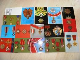 Lot Of 12 Post Cards In Folder From Czech Rep. Military Orders Badges Cross, Vhu-vojenske Museum Praha - Militari