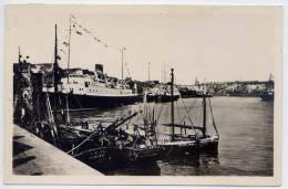DIEPPE--1949--Le Port--Les Paquebots ,cpsm 9 X 14  N° 7 éd Réant--cachet Dieppe  30-8-49-bateau à Vapeur 1er Plan - Dieppe
