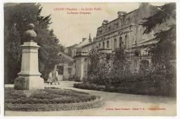 LUCON. - Le Jardin Public - La Statue Dumaine - Lucon