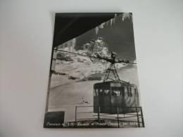 Cervinia Telepherique  Funivia In Primo Piano Cabina  E Monte Cervino - Aosta