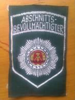 Parche Policía Del Pueblo. República Democrática Alemana. Comunista. 1948-1990. - Escudos En Tela