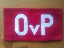 Brazalete Oficiales OVP. República Democrática Alemana. Comunista. 1948-1990. - Uniformes