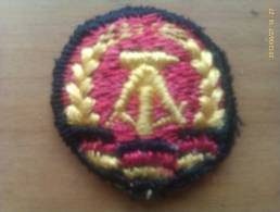 Cocarda RDA. República Democrática Alemana. Comunista. 1948-1990. - Escudos En Tela