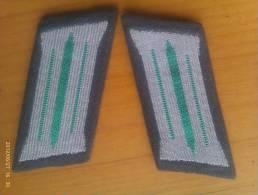 2 Parches De Cuello Polizei. República Democrática Alemana. Comunista. 1948-1990. - Escudos En Tela