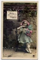 Mille Baisers---Enfant (fillette)--Belle Robe Et Fleurs N° 2256 éd Photo--carte Couleur Glacée - Enfants