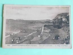 ARROMANCHES LES BAINS - Port De La Libération, La Plage Et La Digue - Arromanches