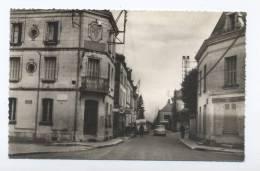 Saint-Georges-sur-Cher. La Rue Principale. - France