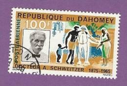 DAHOMEY TIMBRE POSTE AERIENNE N° 35 OBLITERE DOCTEUR ALBERT SCHWEITZER - Benin – Dahomey (1960-...)