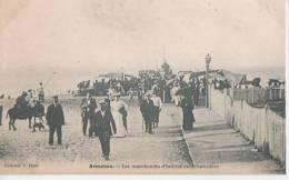 ARCACHON ( Les Marchands D' Huitres Du Debarcadere ) - Arcachon