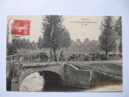 Belle CPA  Animée De SISSY ( 02 )  Le Pont Et Les Patures  -  TBE   ( DOCBI624 ) - Unclassified