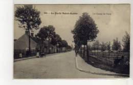 LA FERTE SAINT AUBIN - Le Champ De Foire - Très Bon état - La Ferte Saint Aubin