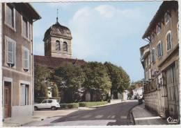 St-Jean-le-Vieux (01.Ain):  RENAULT 4 - Place De L'Eglise -  Auto/Car/Voiture - France - Passenger Cars