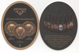 Canada. Unibroue. Médailles Internationales. 16 Argent. 7 Platine. 10 Bronze. 68 Or. Brasserie Unique En Son Genre... - Sous-bocks
