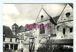 Bf - 03 - SOUVIGNY - Le Cloitre Et La Basilique - Religion  - édit. Lys - - France