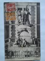LAON   Le Monument Des Trois Instituteurs - Laon
