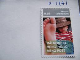1271 Timbre Sur Papier Trs épais Avec Micro Impression (dans La Partie Grise) Photo Picture Curiosité Philatélique - Hologrammes