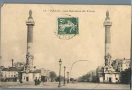 Paris - Les Colonnes Du Trone - France - Plätze