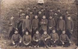 - Carte Photo Militaire Non Située  -  Soldats En Manoeuvres  - - Manovre