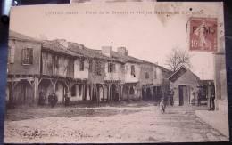 Cpa LUPIAC 32 Place De La Bascule Et Vieilles Maisons Du XVe Siècle - France