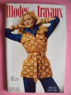 REVUE MODES ET TRAVAUX - N° 866 - Février  1973 - Couture / Vêtement / - Mode