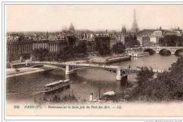 PANORAMA SUR LA SEINE PRIS DU PONT DES ARTS. ET VUE SUR LA TOUR EIFFEL  REF 10508 - District 01