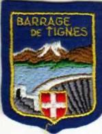 Ecusson Tissu, Feutrine Brodee, Barrage De TIGNES 73,  Format 6x5 Cm - Ecussons Tissu