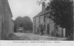 CPA - 28 - Eur Et Loir - Boissy-lès-Perche - Couvent Cour Pétral - Hôtellerie - Animée - État TB - France