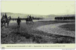 77-FONTAINEBLEAU-Roi D´Espagne-Les Dragons Manoeuvrent Devant Le Roi -ELD - Fontainebleau