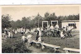 Ravels - Open-lucht-school Voor Zwakke Meisjes - Speelplein Bij Een Der Beschuttingsplaatsen - Ravels