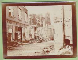 Guerre 1914 - 1918 : REIMS, Bombardement. Maurice Hutin Plomberie. Cathédrale - Guerra, Militari