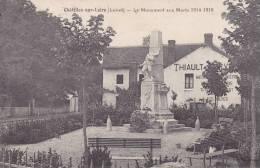 CHATILLON Sur LOIRE   _  Le Monument Aux Morts 1914 1918  Petit Parc. Sur Maison Enseigne THIAULT Materiaux, Agglomérés - Chatillon Sur Loire
