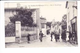 La Mothe-St-Héraye  --  Rue Du Grand Logis - La Mothe Saint Heray