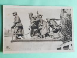 """CHALONS SUR MARNE - Monuments Aux Morts, """" La Relève"""" Par Gaston BROQUET - Châlons-sur-Marne"""