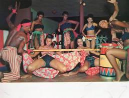 DANZE , Limbo  In Jamaica * - Dances