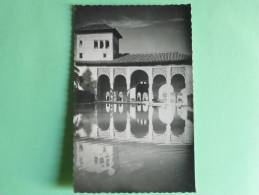 GRANADA - ALHAMBRA , Jardines Del Partal - Granada