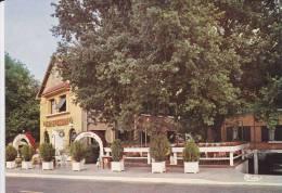 """Cp , HÔTELS & RESTAURANTS , """"Hôtel Des Ecureuils"""" , Les Abatilles (gironde) - Hoteles & Restaurantes"""