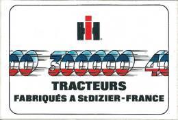 Autocollant IH Tracteurs Fabriqués à Saint-Dizier - France - Oude Documenten