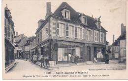CPA 18 Cher Saint Amand Montrond Magasin Nicolas Leroy Rue Sainte Barbe Place Du Marché Tres Animée Annees 1910 - Saint-Amand-Montrond
